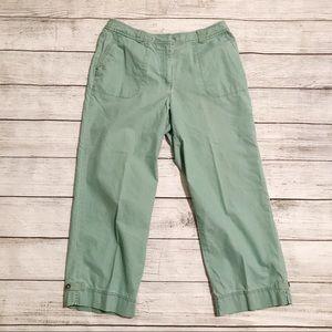 J Jill genuine fit at waist capri green pants